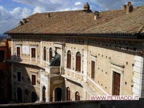 palazzo_priori_visto_copertura